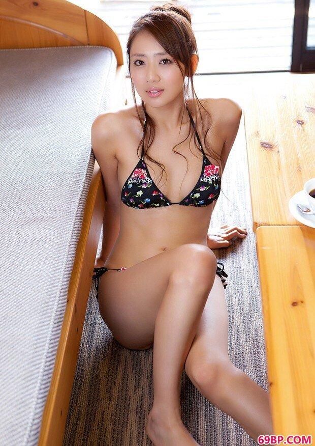 东洋御姐级写照达人�龃ㄧ毙愿猩阌芭访来蟮ǜ咔�gogo人体摄影