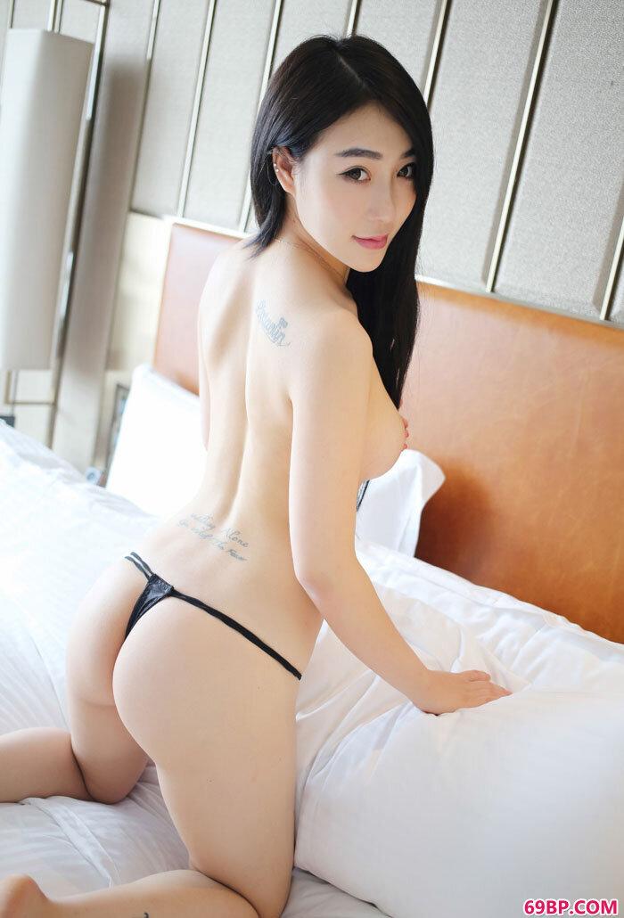 美媛馆大学生小妮纹身丰臀一样不少_中国第一车模