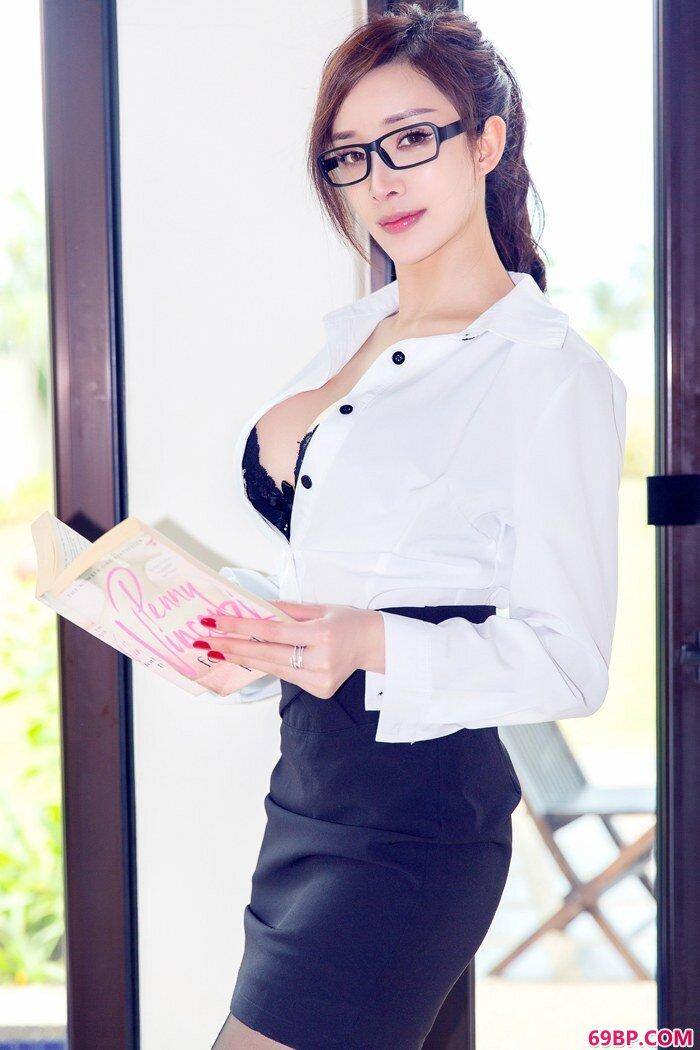 黑丝家教火热爆乳性感短裙如何抵挡_国产学生国产女合集第六部