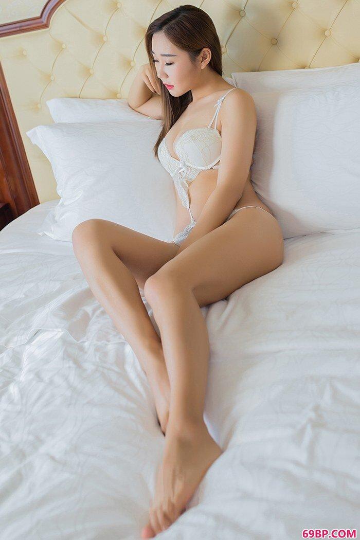 G奶美娇娘棉花糖成熟胴体妩媚魅惑_国模小玉私拍啪啪