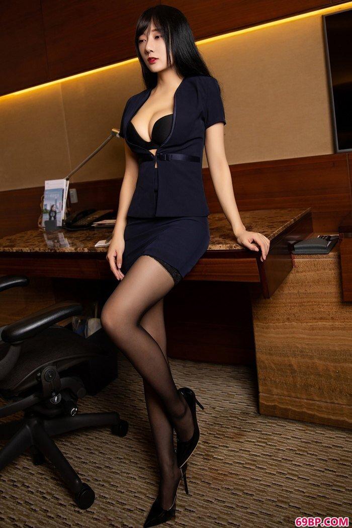 性感女秘书何嘉颖颜值逆天长腿诱惑_GOGO国模沟沟美女人体艺