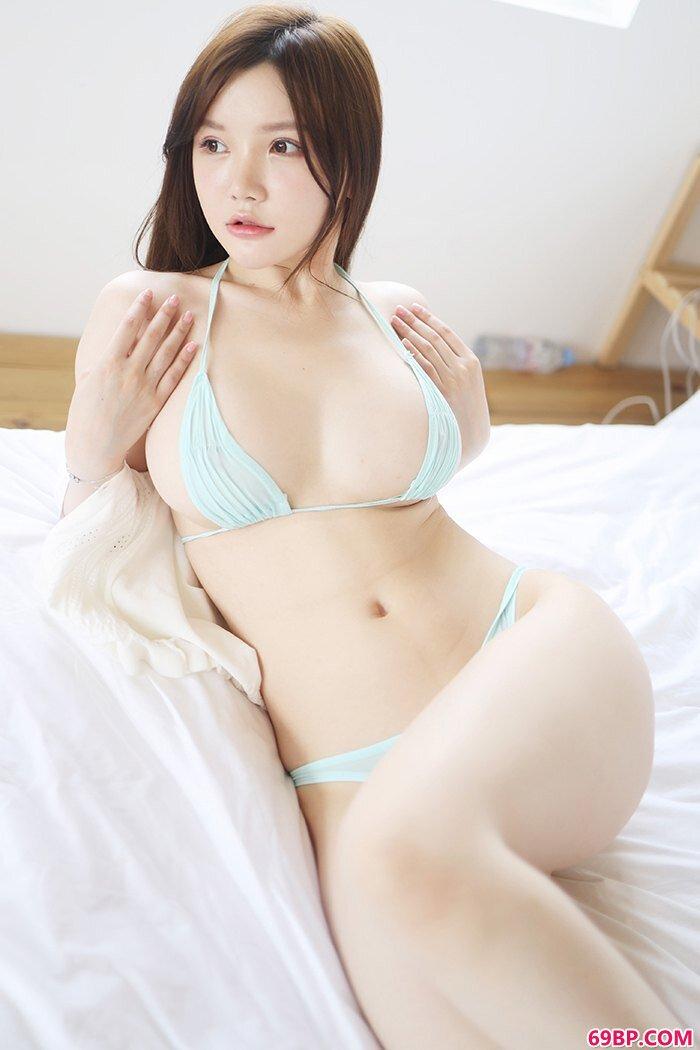 清纯娇娃糯美子童颜豪乳等待爱抚_亚洲美女炮轰图150p