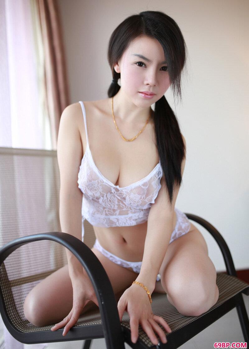 绝色美乳潘娇娇摄影图片_泰国人体艺术gogo