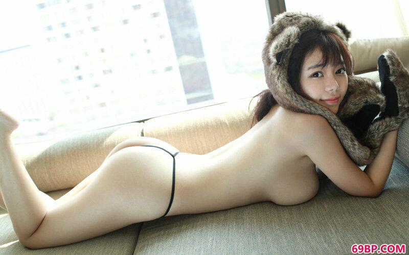 娇滴小妹子刘飞儿饱满玉峰泳装诱惑_gogo人体销魂