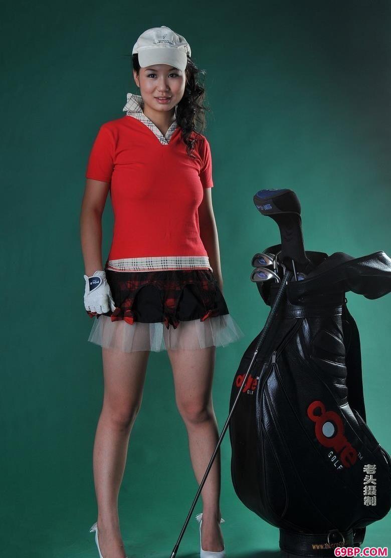 美模果果拿高尔夫球棒拍人体,伊人人体艺术照片