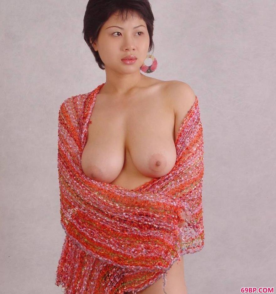 丰腴母性之美名模塔塔3_少妇毛又多又黑