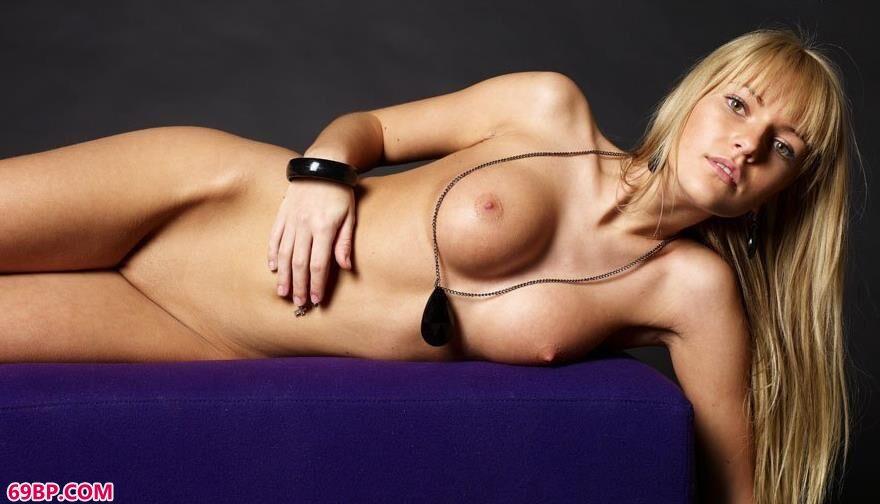 史黛拉人体艺术图片1,拍人体艺术能拿多少钱