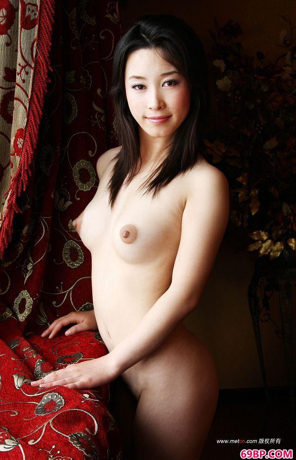 日本大胆人木艺术_陈丽佳《RED》3