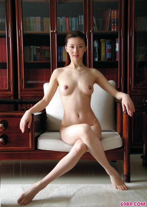 汤加丽艺术图片套图之《果茶抽油瘦》_西西人体全身裸体图片