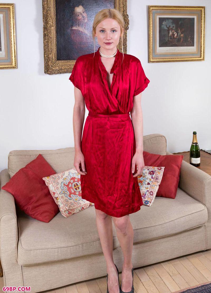 红裙金发尤物Gerda