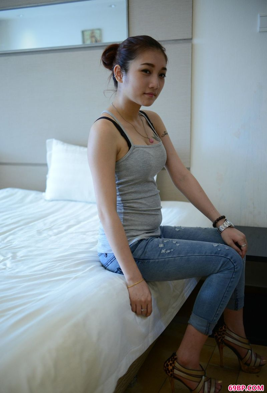 薛靖人体艺术_平心静气的裸模恭子