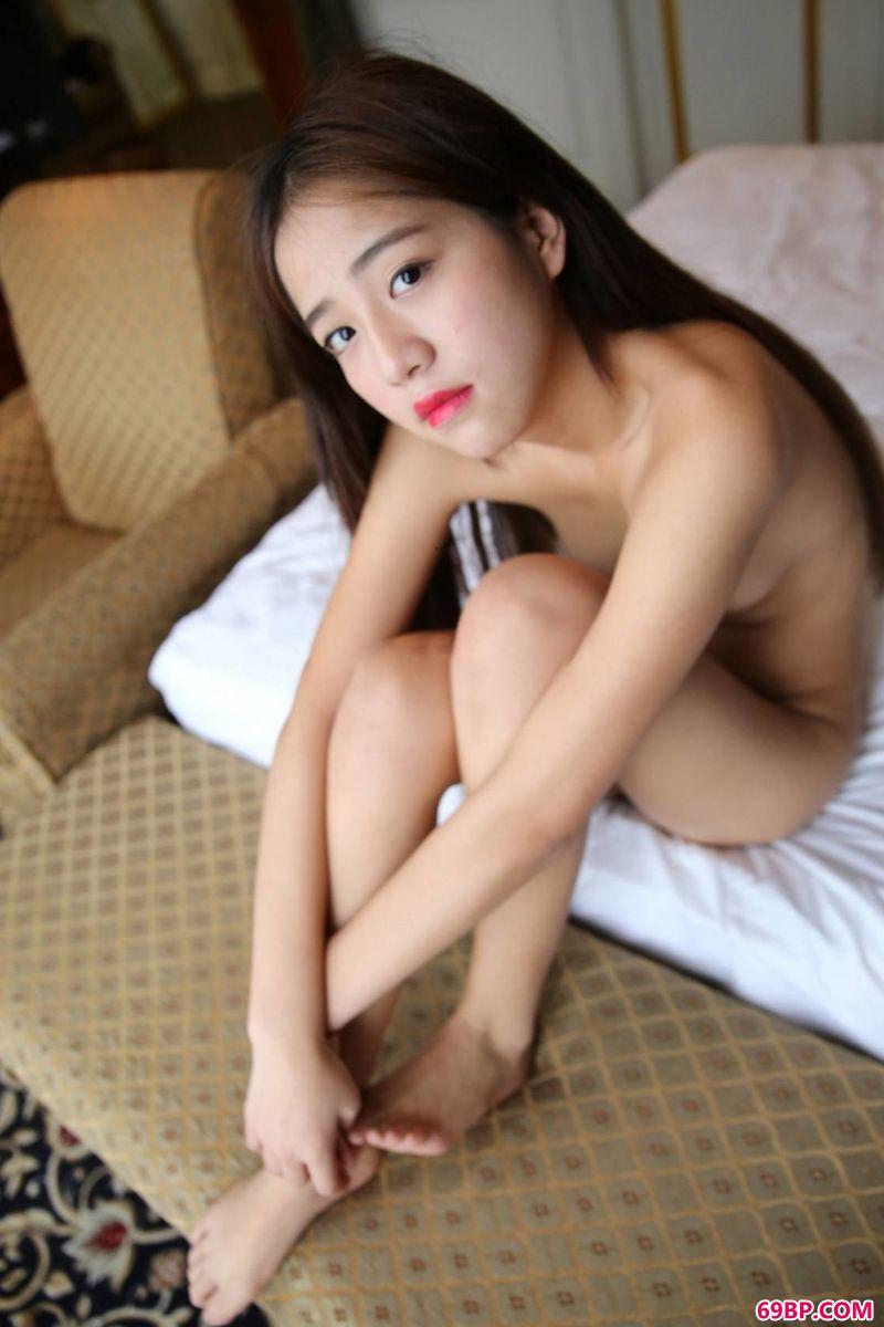 裸模黎萍酒店美体第二辑