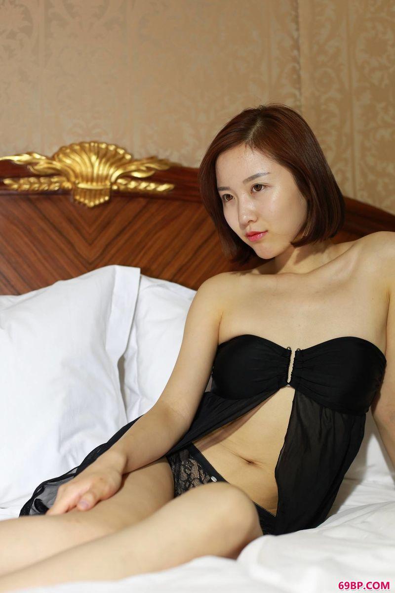 知性姑娘妹子西西_中国极品美�N人人体BT